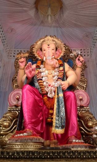 Nashik Cha Raja -Ghankar Lane,Ashok Stambh