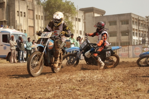 Gulf dirt track F.M.S.C.I National championship Nashik captured by Just Nashik