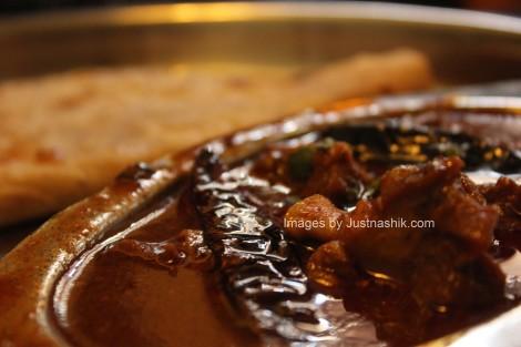 Just Nashik food review: Chicken Kolhapuri at ...