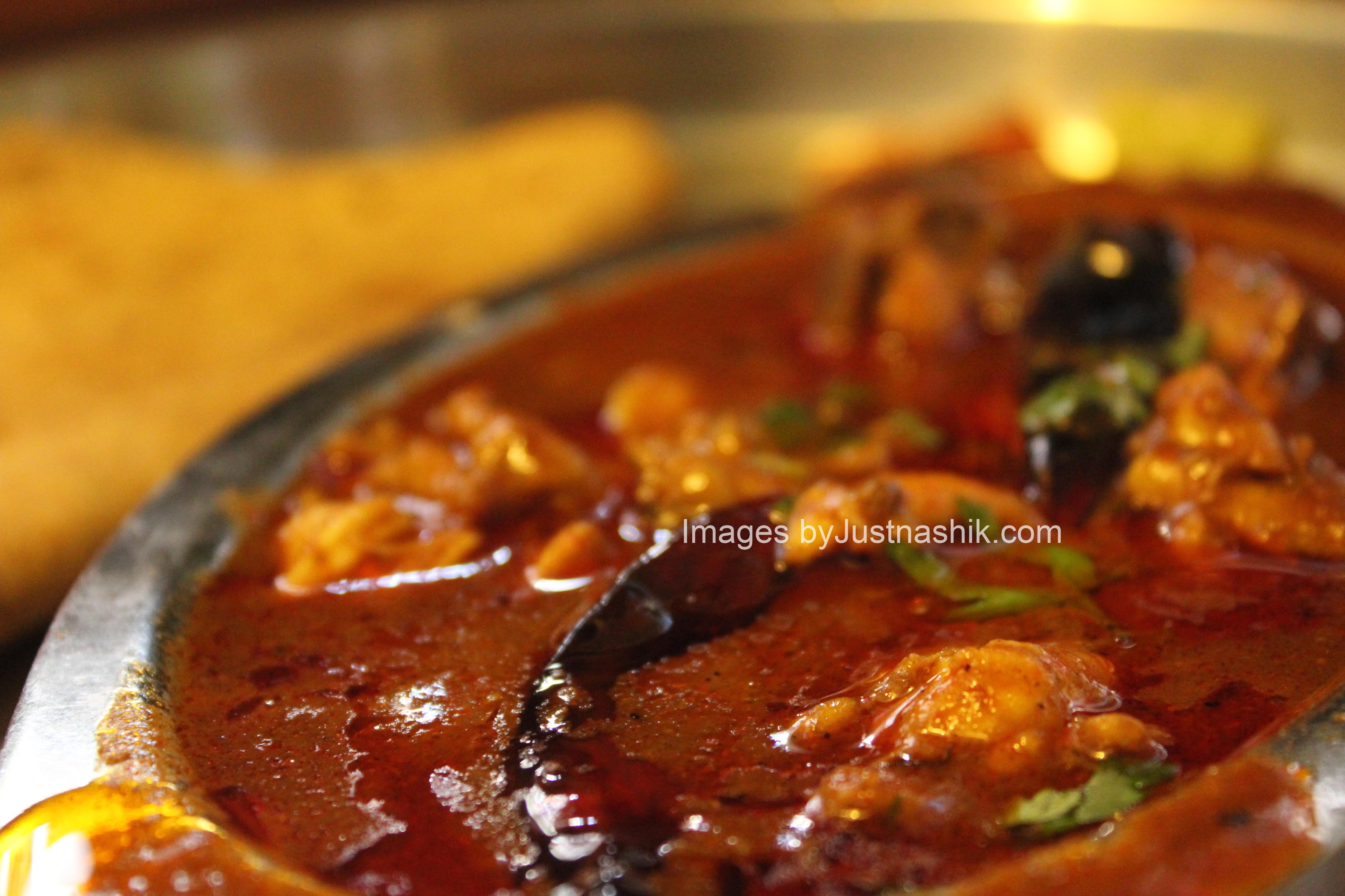 just nashik food review chicken kolhapuri at