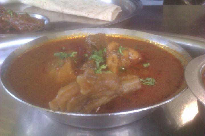 Divtya Budhlya Wada Nashik - A Maharashtrian Restaurent With Folk Style Decor
