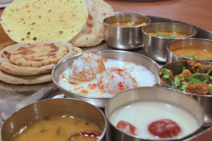 Just nashik food review: Gujrathi Thali in Hotel Samrat