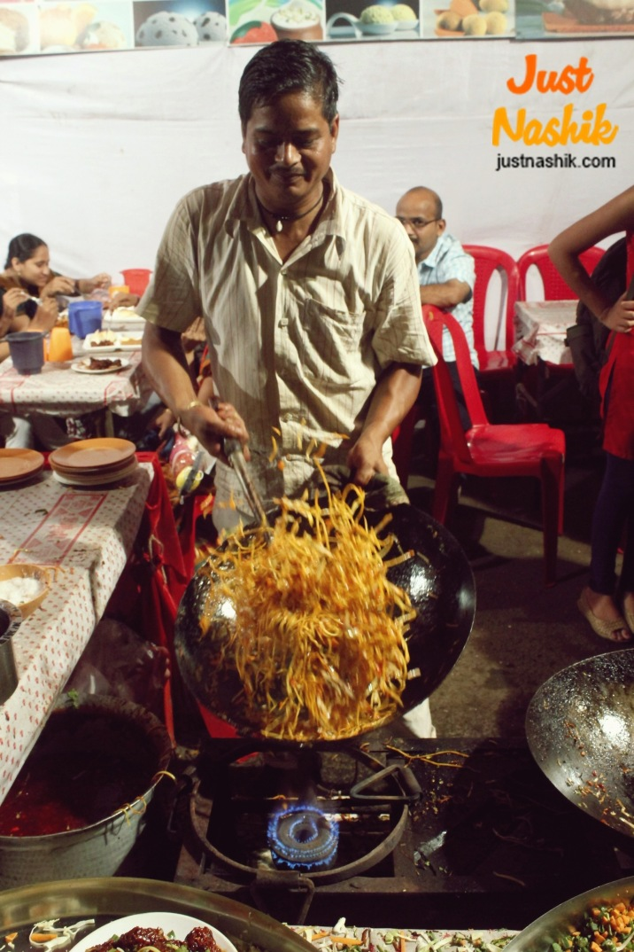 Indian Chinese at Roadside Stall