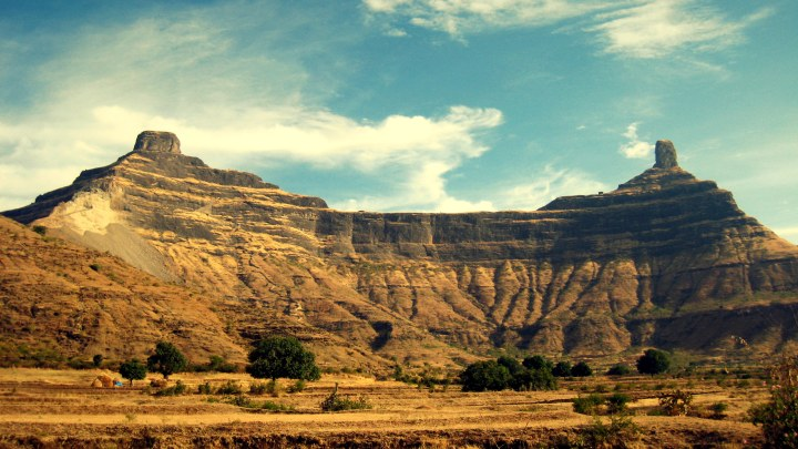 Mangi-Tungi Fort in nashik (Perfect Trekking Destination in Nashik)
