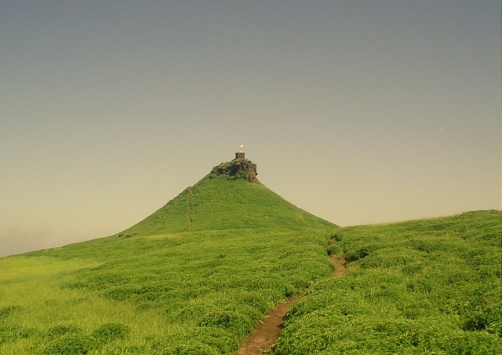 Salher Fort in nashik (Perfect Trekking Destination in Nashik)