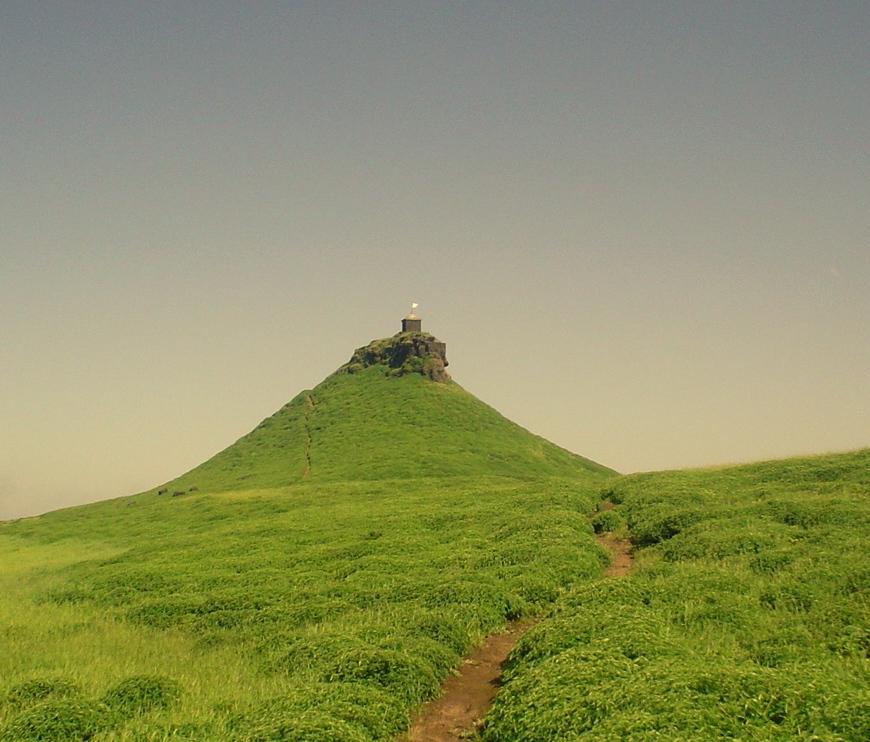 Salher Fort in nashik (Perfect Trekking Destination in Nashik)