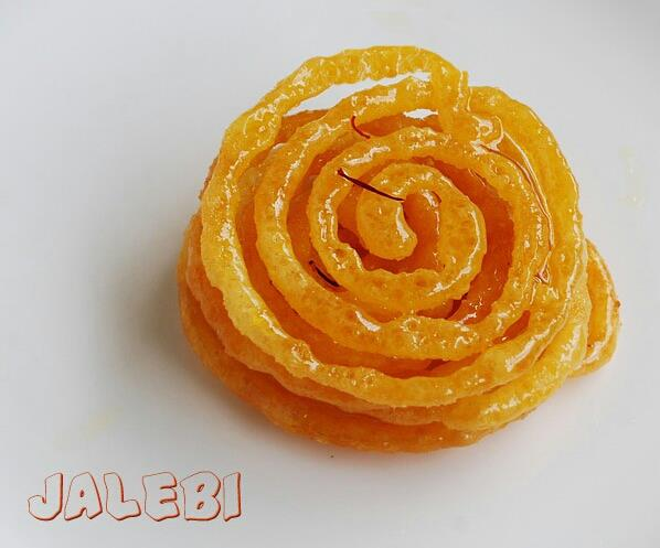Jalebi at Budha Halwai