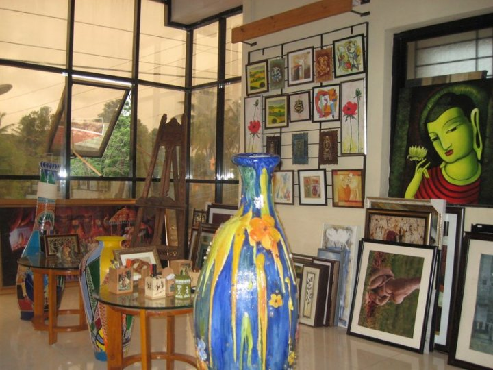 Ruchir art gallery in 2006