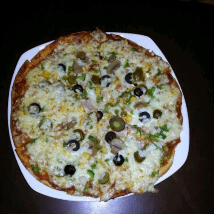 Pizza at The Chocolate Room Nashik