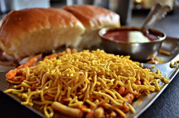 Maharashtra's_Misal_Pav_Nashik
