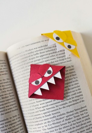 Bookmark corners