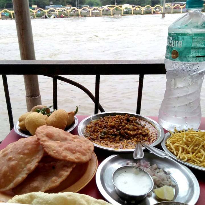 Ganga Tea House Misal