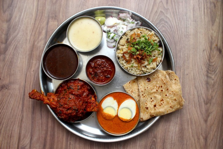 Chicken masala thali at Gavkari Nashik
